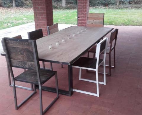 Arredamento in ferro e legno